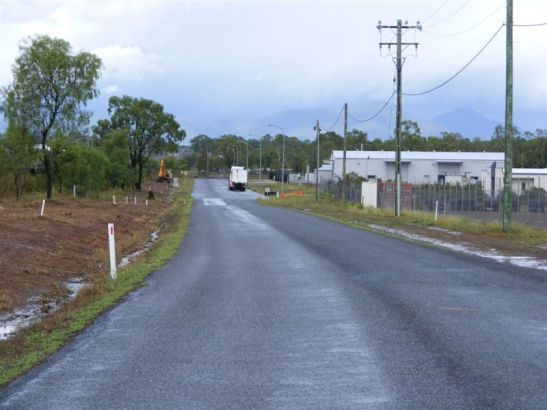 Looking East to Capricorn Street on Somerset Road showing Pacific National in the foreground and Eaton in the background